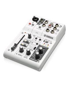 YAMAHA AG03 digitaalinen USB Interface sekä mikseri