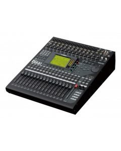 YAMAHA 01V96i DIGITAALIMIKSERI 32 Mono + 4 Stereo