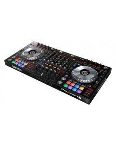PIONEER DDJ-SZ2 DJ kontrolleri, valaistut täysi